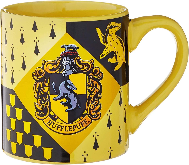 14-Ounces Silver Buffalo HP7432 Harry Potter Hufflepuff House Crest Ceramic Mug