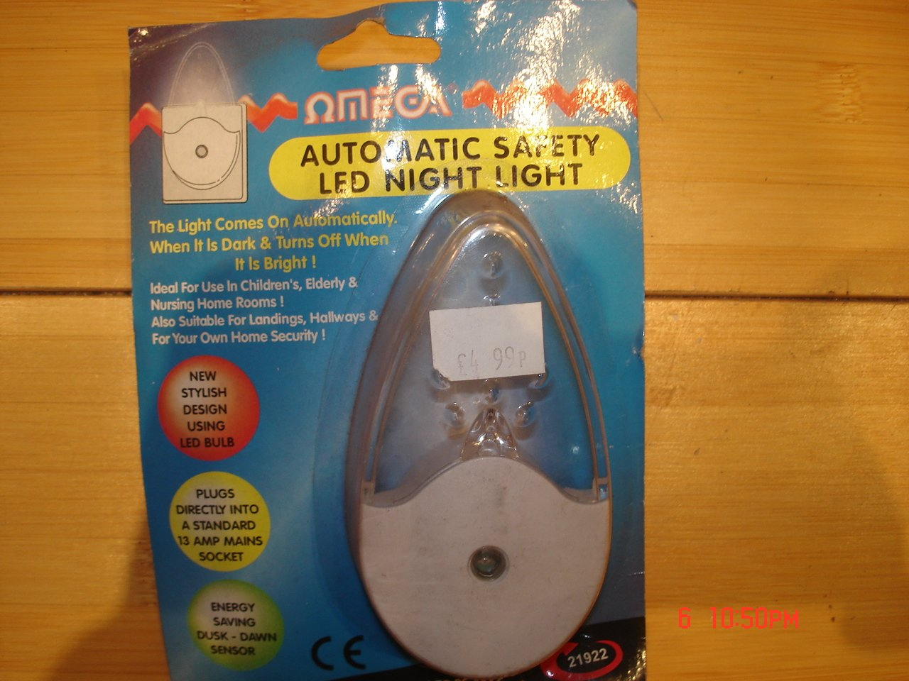 omega- 21922自動センサー安全LED Plug In Mains Powered Childs Night Light B006ICN1AK