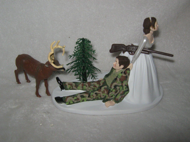 Wedding Reception Party Deer Camo Deer Hunter Dark Hair Cake Topper