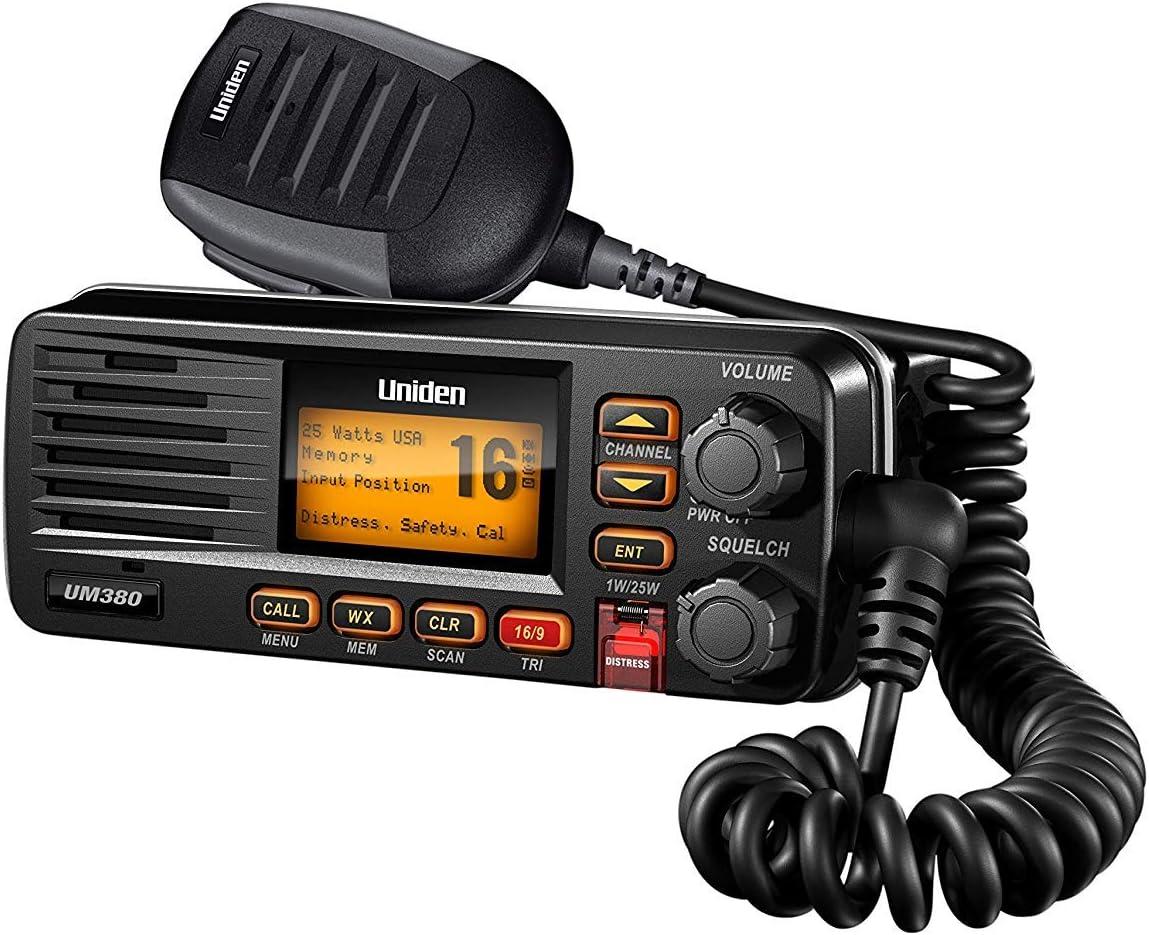 Uniden UM380BK Radio