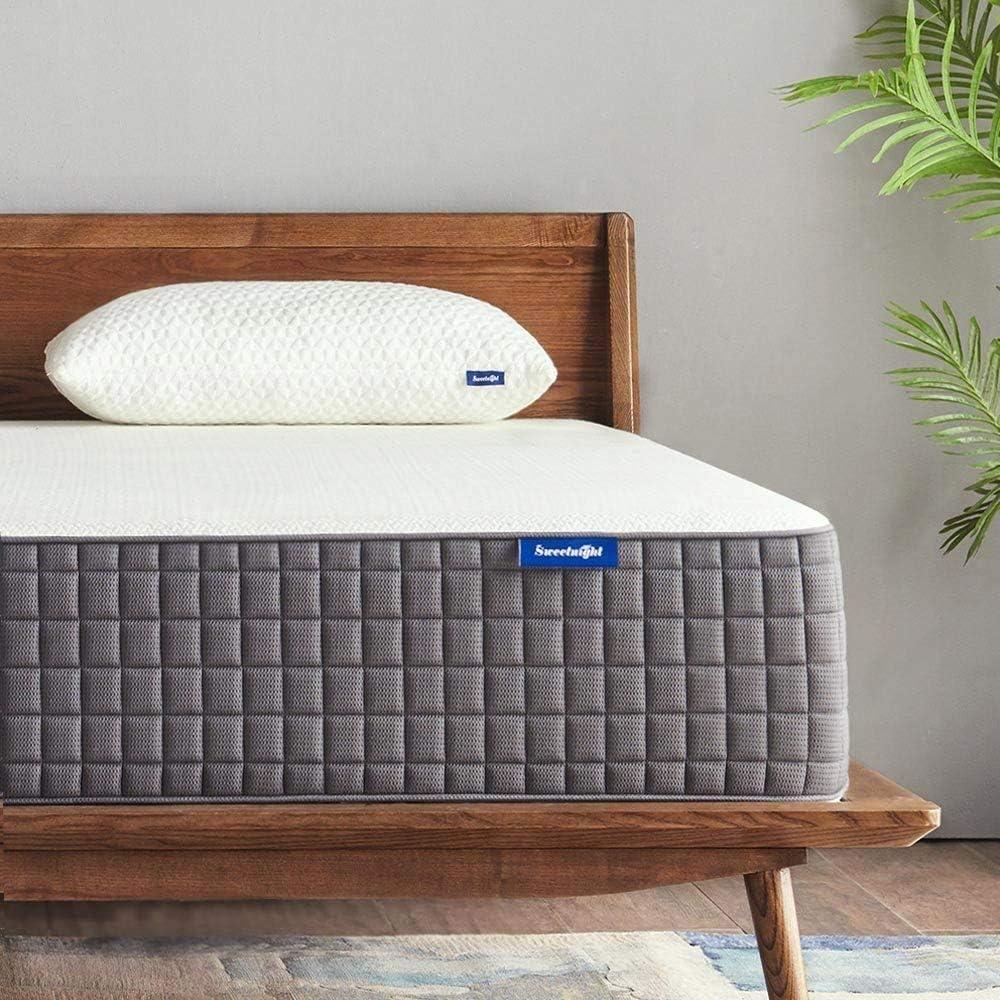 Queen Mattress, Sweetnight 12 Inch Queen Size Mattress Medium Firm, Ventilated Memory Foam Mattress for a Deep Sleep