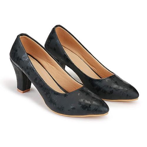 0acde374a42 DEEANNE LONDON Women s MAT and Glossy Print Block Heel Pump  Buy ...