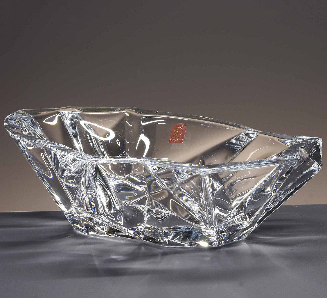 la galaica Centrotavola in cristallo, Boemia, collezione ANGLE, 11 cm. di altezza.