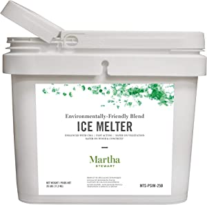 Martha Stewart 25LB Blended Ice Melter | Resealable Bucket/Scoop | Environmentally Friendly | Pet Safe