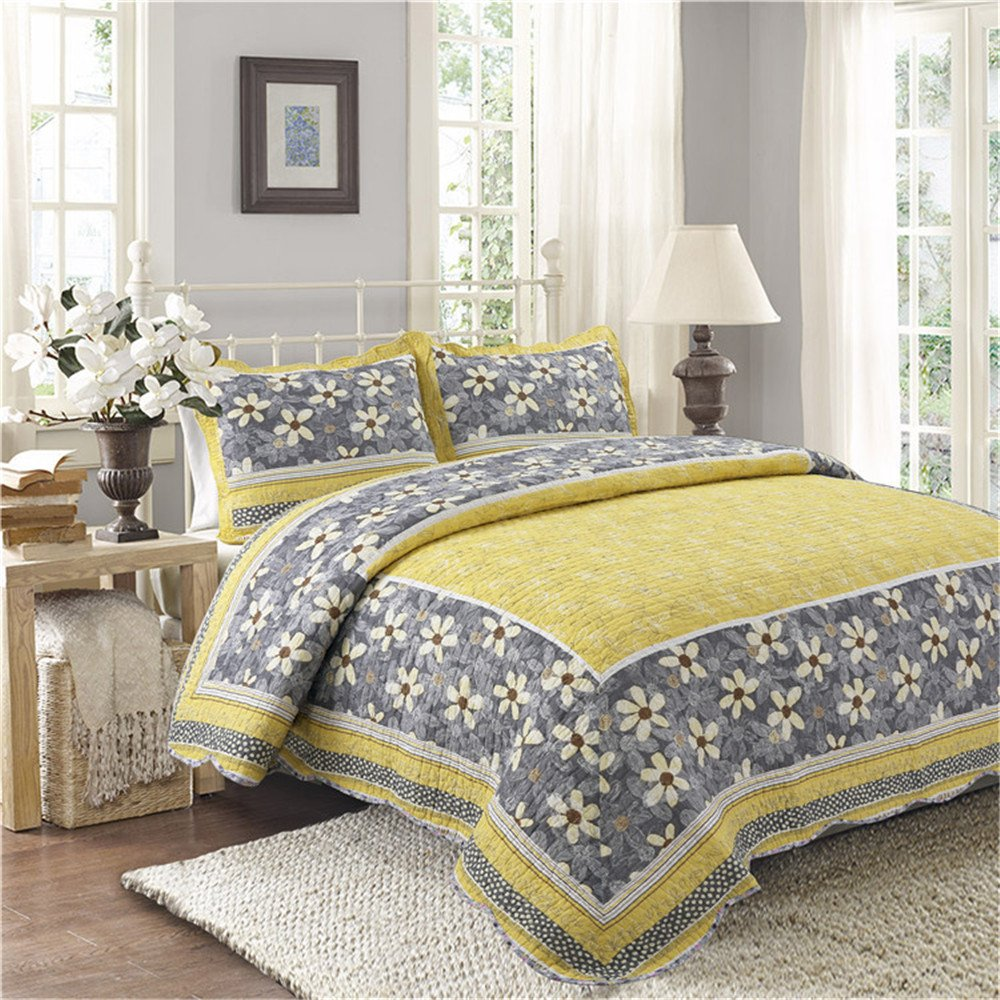 Coverlet Quilt Shams Set 3 Piece Full/Queen Size Oversized Yellow Flowers Pattern Hawaiian Tropical Lightweight Reversible Hypoallergenic Wrinkle Free Bedding