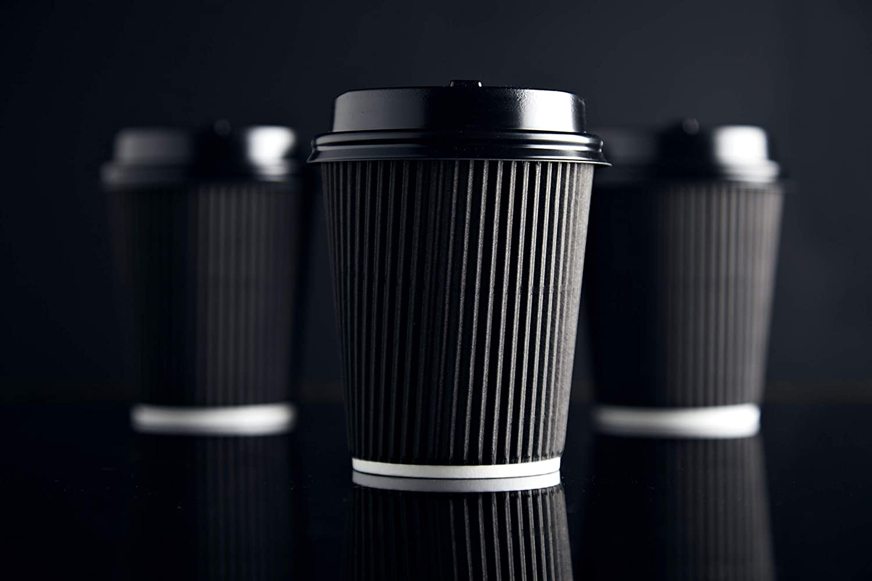 0,2l 100 Becher doppelwandig 100 R/ührst/äbchen Set Riffelbecher Einweg Tee Kaffee Cappuccino Hei/ße Getr/änke schwarz Pappe geriffelt BAMI Kaffeebecher 8oz 100 Deckel