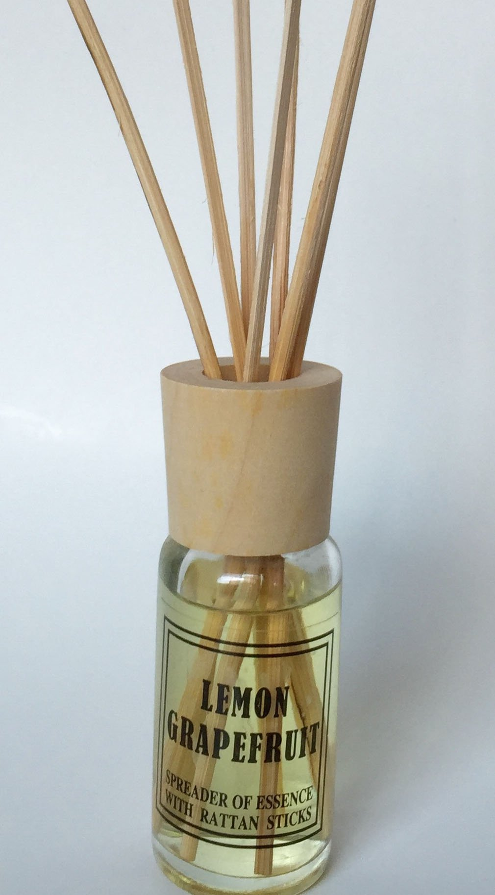 Mood Therapy 18 Sets Fragrance Oil Reed Diffuser Sets Wholesale Lot (18 x 1.2 oz) (Case of 18) by Mood Therapy (Image #2)