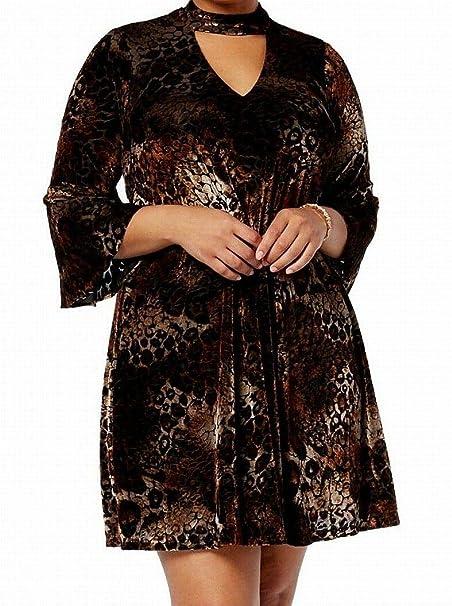 ef9666ce07af3 Jessica Howard Womens Plus Velvet Choker Cocktail Dress at Amazon Women's  Clothing store: