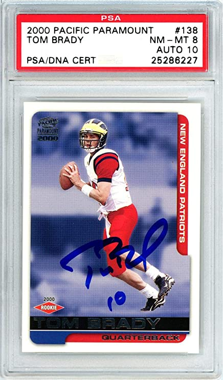 Tom Brady Autographed 2000 Pacific Paramount Rookie Card