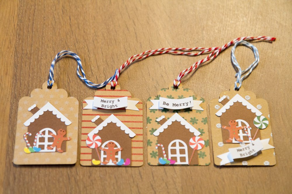 Gingerbread House Holiday Gift tags (Set of 12)