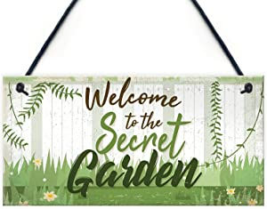 ROONASN Garden Sign,Welcome to The Secret Garden,5X10 Novelty Garden Shed Hanging Wood Sign Plaques Friendship Gifts.-2