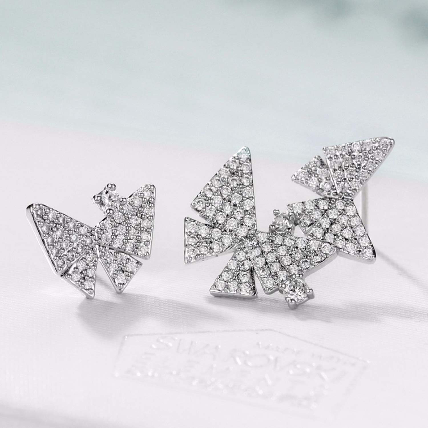 Fashion Cubic Zirconia Light Yellow Gold Color Butterfly Design Stud Earrings Hot Gifts Jewelry