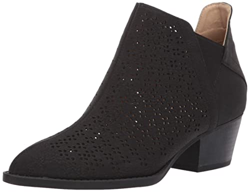 dc3c1b8e6baa9 CL by Chinese Laundry Women's Cambria Ankle Boot