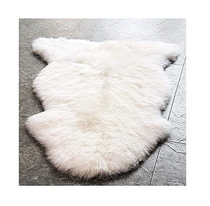Amazon.com: WaySoft Genuine New Zealand Sheepskin Rug, Luxuxry Fur Rug for Bedroom, Fluffy Rug for Living Room (Single Pelt, Natural): Kitchen & Dining