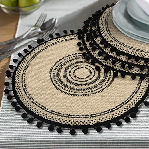 Amazon Com Lahome Tribal Folk Geometric Circles Pattern Round Placemat Farmhouse Jute Table Mats With Pompom Tassel 15 Inch Place Mat For Dining Room Kitchen Table Decor Black 4 Home Kitchen