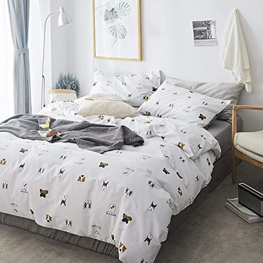 Feelyou Kids Dog Printed Bedding Set for Girls Boys Children Cute Pug Dog Fitted Sheet Decorative Christmas Theme Bed Sheet Set Xmas Animal Pattern Bed Cover TwinXL Size 2Pcs