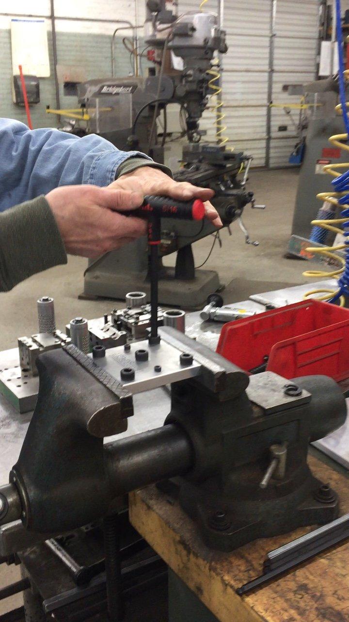 8pc set Metric MM sizes 2-10 EKLIND 64808 Power-T Handle Ball-Hex Key allen wrench 9In shaft