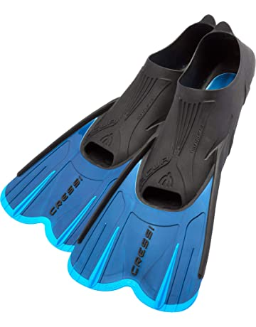 Cressi Adult Short Light Swim Fins with Self-Adjustable Comfortable Full  Foot Pocket  30e4b65e9