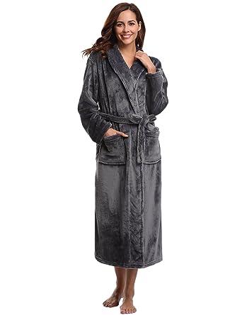 Aibrou Womens Robe Plush Soft Warm Coral Fleece Bathrobe Hooded Robes 47f752b99