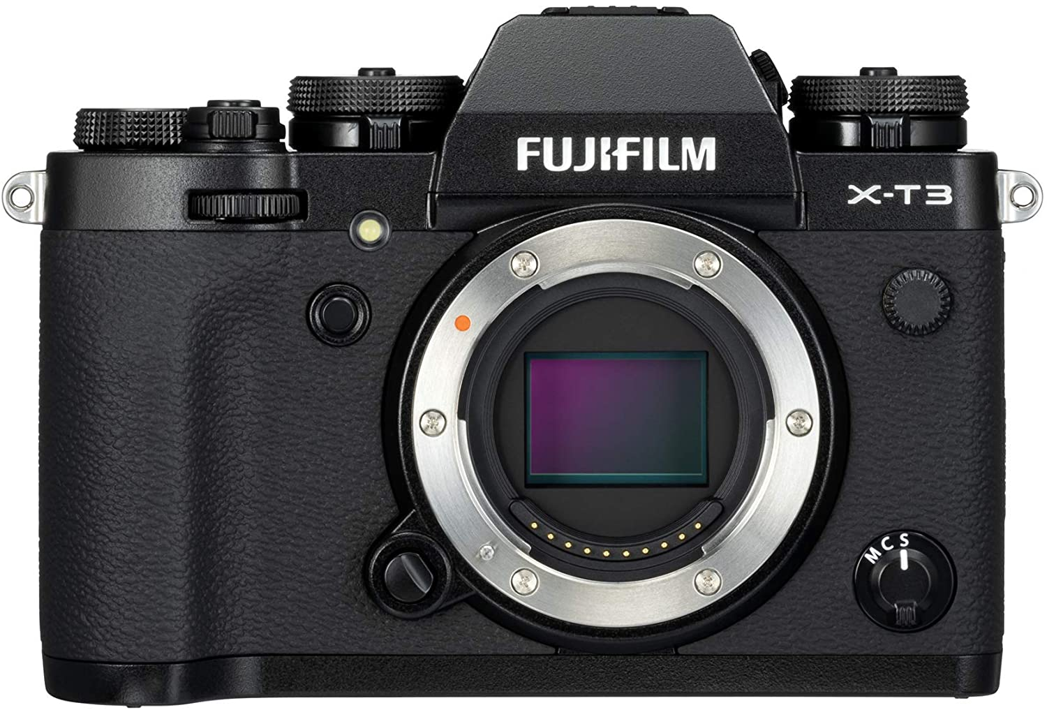 Fujifilm X-T3 has a really good image processing sensor that clears out most of the noise in a dark set like a concert