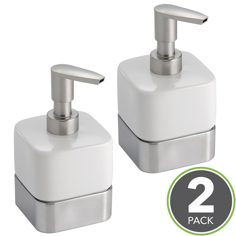 mDesign dispenser sapone ricaricabile – Portasapone doccia in ceramica da 414 ml – Portasapone per bagno o cucina – Bianco/satinato - Set da 2 MetroDecor