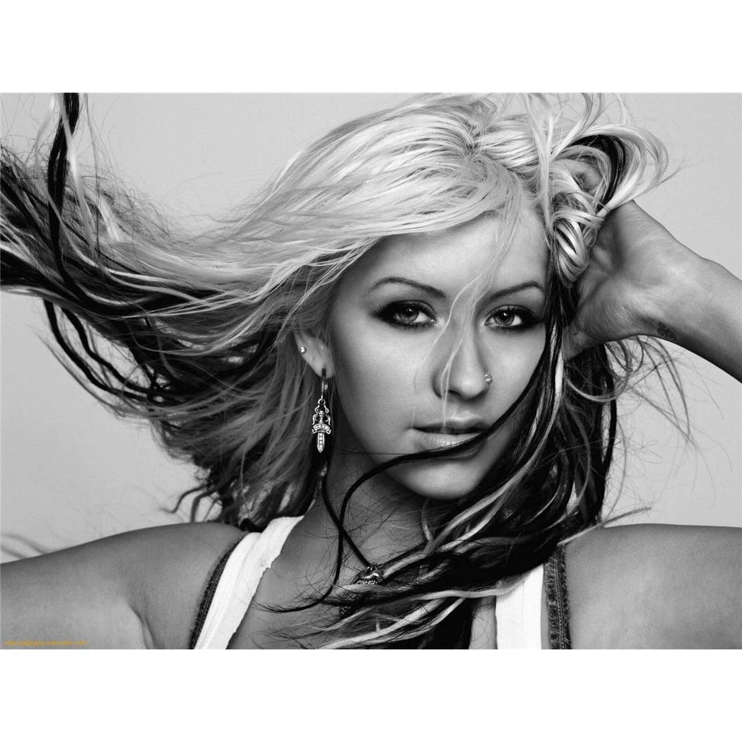 47cm x 35cm, 19inch x 14inch Christina Aguilera Poster by Silk Printing # Size About # Unique Gift # 2654D4