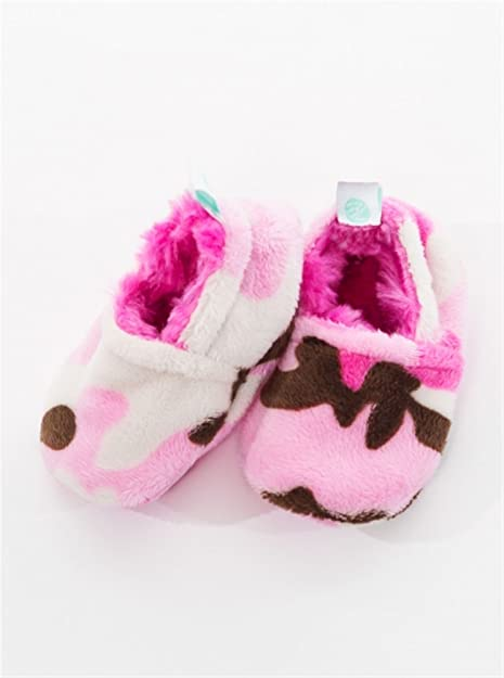5ee29767fabf6 Baby Laundry Plush and Soft Reversible Booties, Slippers/Shoes for Girls -  Pink Camo (3-6 Months)