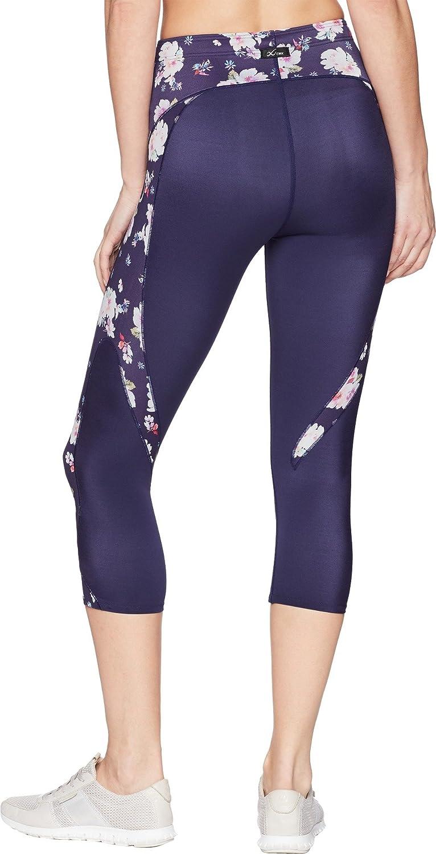 f2c92100951 Amazon.com : CW-X Women's Stabilyx Joint Support 3/4 Capri Compression Tight  : Clothing