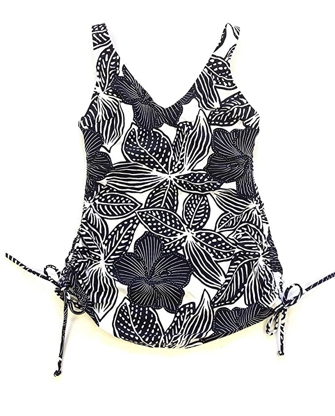2dfce16ecb94f Croft & Barrow Women's Swimwear Wired D-Cup Tankini Top, Floral Black &  White at Amazon Women's Clothing store: