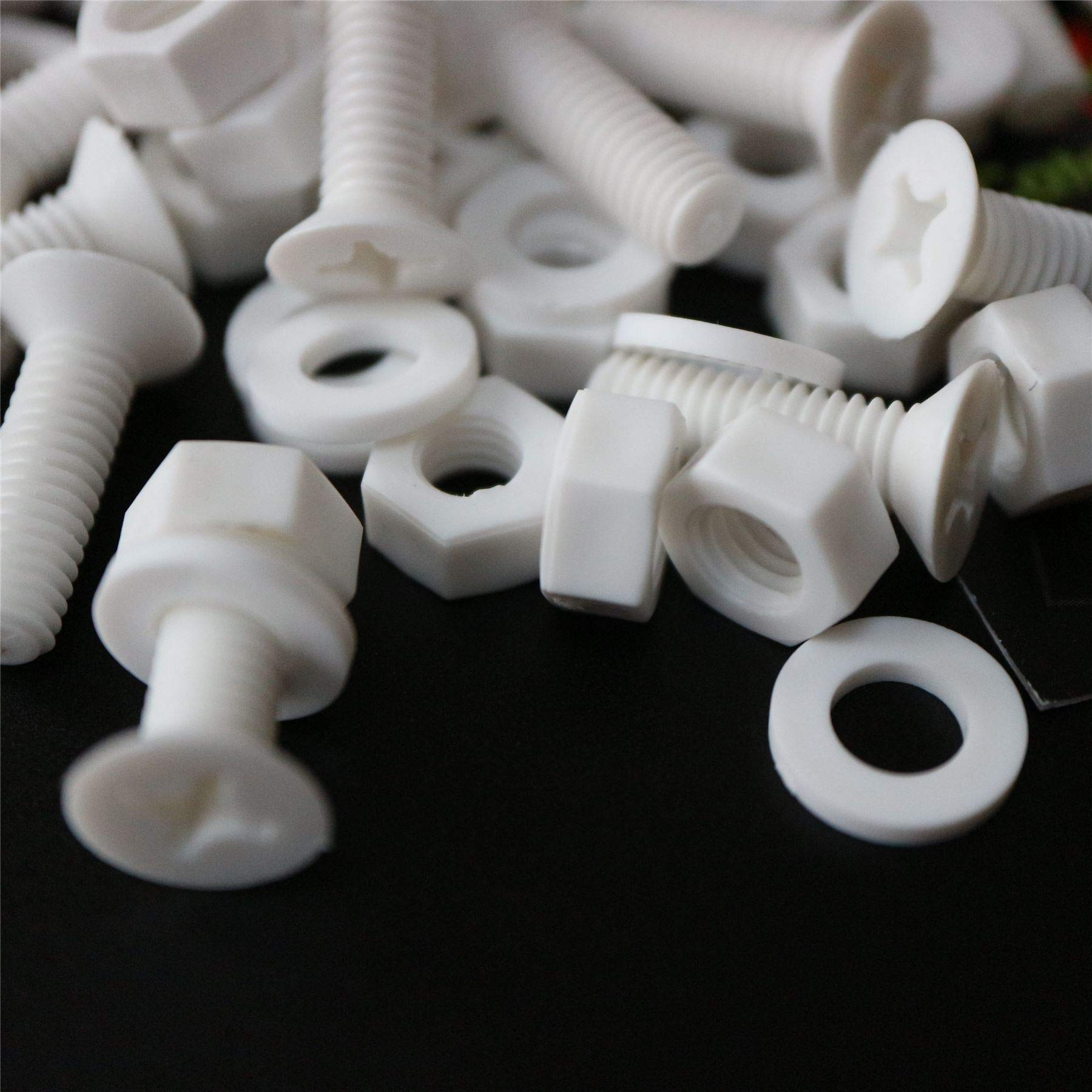 20 x White Countersunk Screws Polypropylene (PP) Plastic Nuts and Bolts, Washers, M6 x 20mm, Acrylic, Water Resistant, Anti-Corrosion, Chemical Resistant, Electrical Insulator, Strong. 15/64 x 25/32''