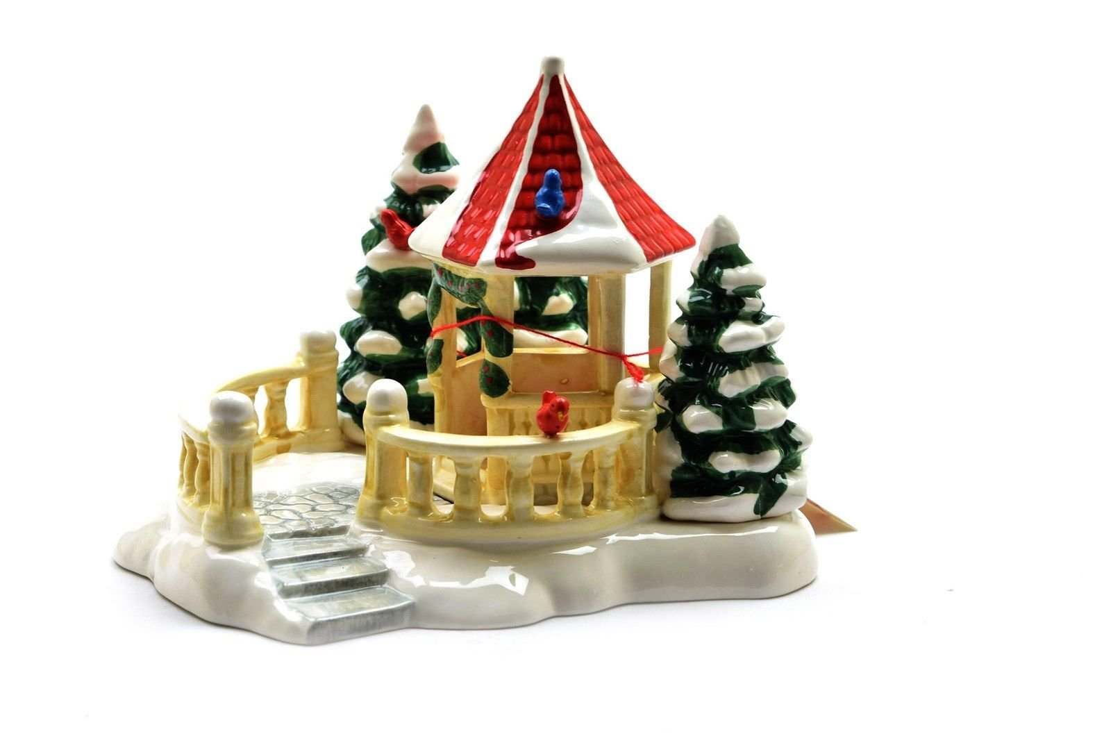 Department 56 Snow Village ''Village Gazebo'' #5146-2 - EUC by Department 56 Snow Village (Image #1)