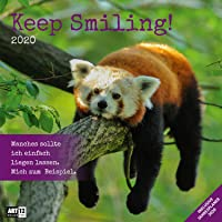 Keep Smiling 2020, Wandkalender / Broschürenkalender im Hochformat (aufgeklappt 30x60 cm) - Geschenk-Kalender mit Monatskalendarium zum Eintragen