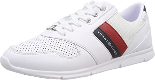Lightweight Leather Sneaker Low-Top