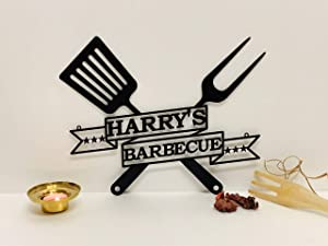 Personalized BBQ Grilling Name Sign Custom Decorative Metal Wall Art Barbecue Outdoor Man Cave Decor Grill Father Dad's BBQ Housewarming Birthday Gift Laser Cut Garden Sign Patio Decor Wall Hanging
