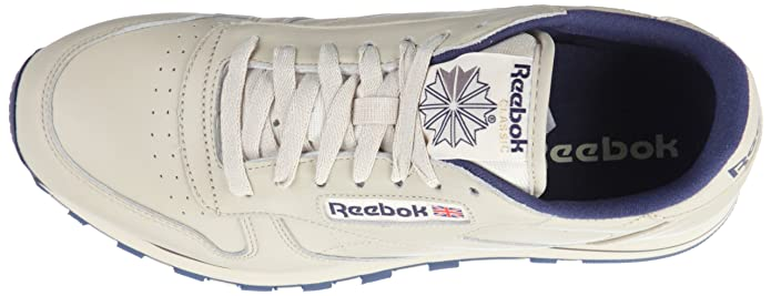 1f6c05ede5ab3 Reebok Men s Classic Leather Track   Field Shoes  Amazon.co.uk  Shoes   Bags