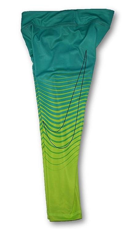 7ec4af5c0 Amazon.com: Nike Girls Essential Wave Dri-FIT Leggings (Child Size 6 ...