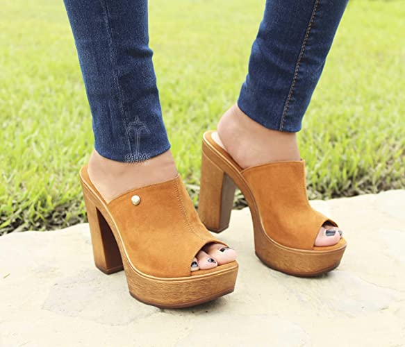 ca71fee9657e Amazon.com  Super Trendy Handmade Leather Sandals Open Toe Clogs Wedge  Sandals - VICTORIA  Handmade
