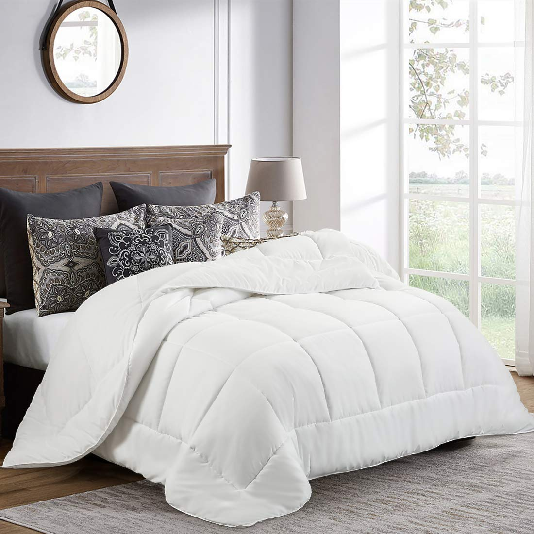 Balichun Comforter King (90 by 102 inches) - White Down Alternative Comforters Soft Quilted Duvet Insert with Corner Tabs Luxury Hotel Collection 1800 Series - All Season