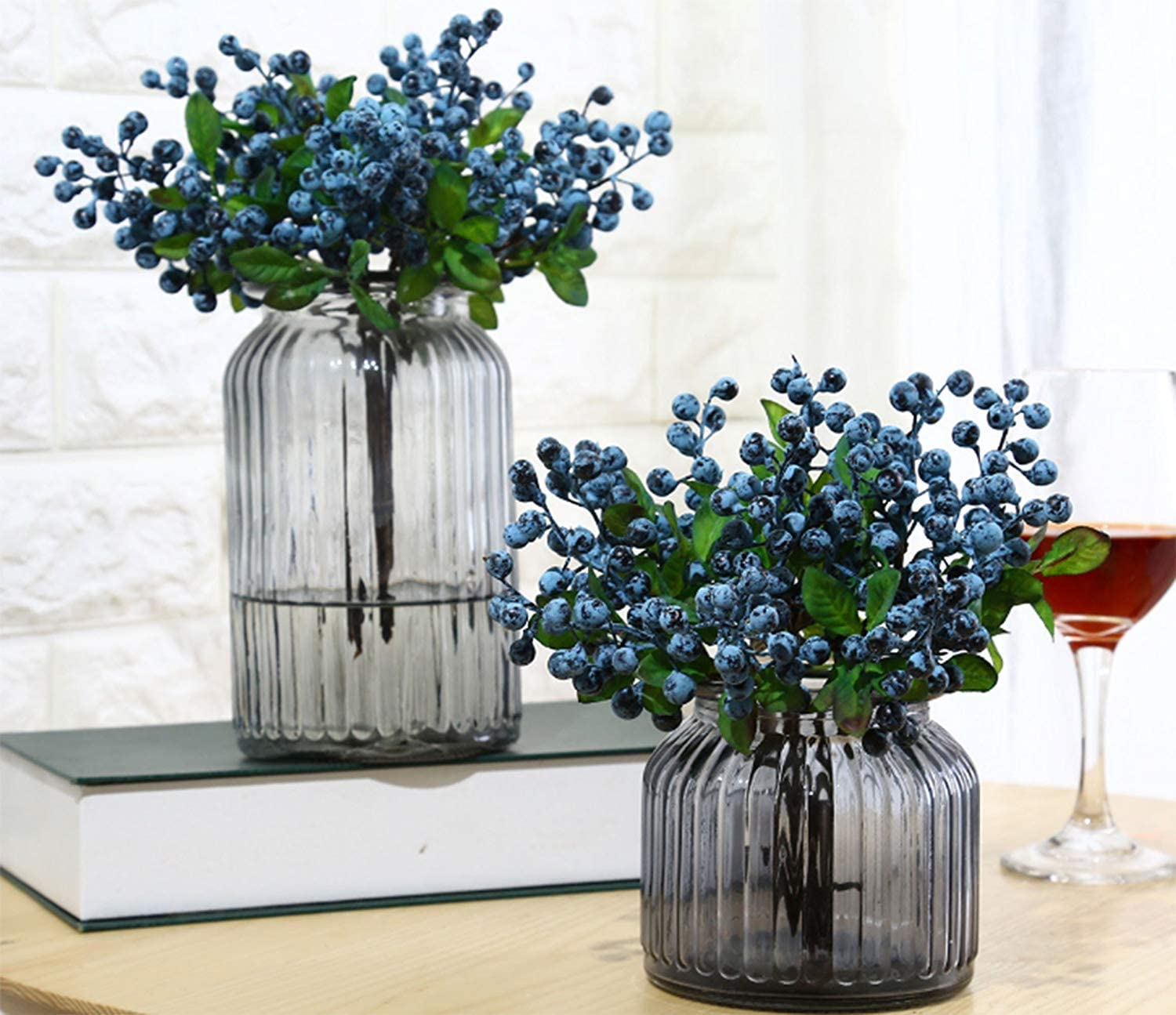Mistari 20 Pcs Blue Plastic Artificial Flowers California Berries Blueberry Fruit Fake Silk Flowers Home Decorative Party Wedding (Blue)