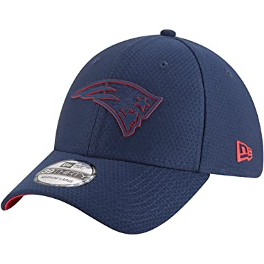d105ac04497 New Era Authentic New England Patriots Team Color 2018 Training Camp  39THIRTY Flex Hat (S