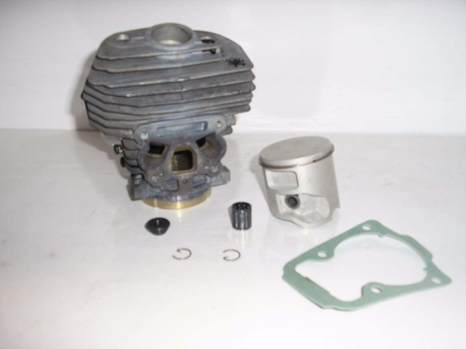 Lil Red Barn Husqvarna 562xp, 560xp Cylinder Kit, 46mm, Genuine OEM Part # 575355803 Installation Instructions Included Two Day Standard Shipping to All 50 States!