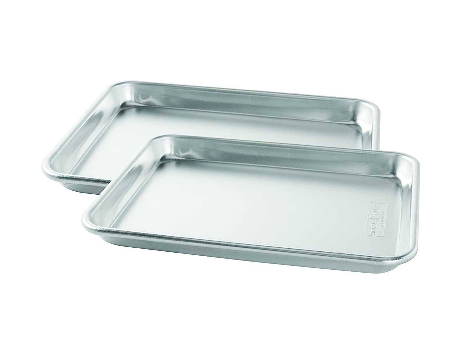 Nordic Ware Natural Aluminum Commercial Baker's Quarter Sheet, 2-Pack
