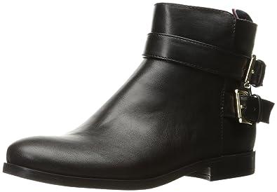 cc18c066 Amazon.com: Tommy Hilfiger Women's Julie3 Ankle Bootie: Shoes