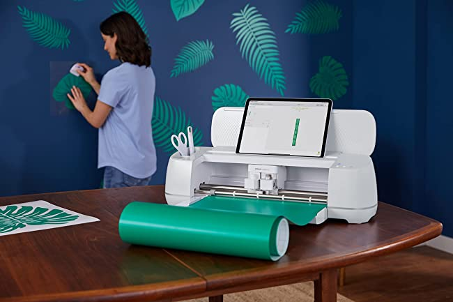 Cricut Maker 3 - Detailed Guide and Review of 2021