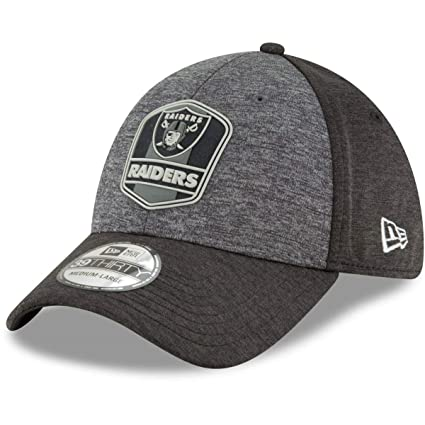 0c4b272f New Era 39Thirty Cap - NFL Black Sideline Oakland Raiders: Amazon.co ...
