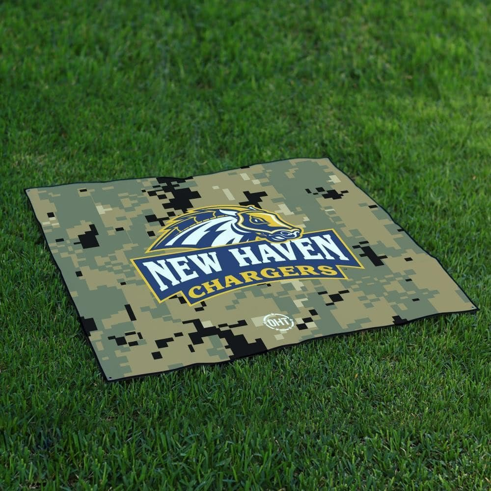New Haven Chargers Tailgate Blanket操作Hat Trick Oht Camo B072832829