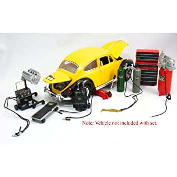 Amazon.com: Die-cast Metal Car Garage Accessories 1:18 Scale: Toys ...