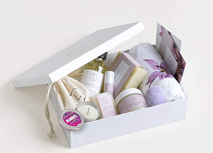 f1827bc0ec69 Amazon.com  Relaxing Spa Gift For Her - Essential Oil Aromatherapy Gift Box   Handmade