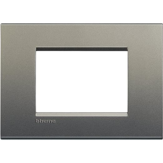 44 opinioni per BTicino Living Light LNA4803AE Placca Quadra 3P, Avenue