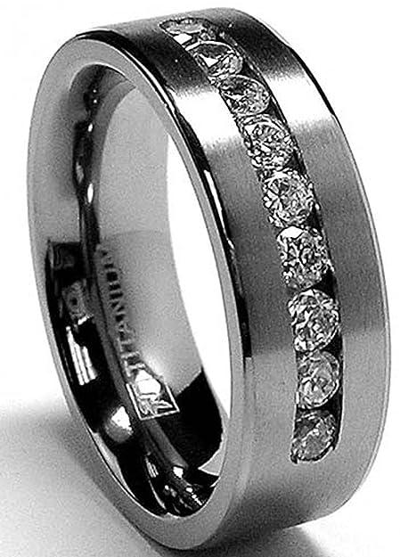 Ultimate Metals® Anillo de Matrimonio Titanio Para Hombre, Alianaza de Boda Con Circonitas Redondas